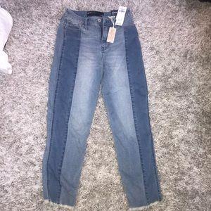 Hollister Boyfriend Jeans Size 1/25 NWT High Rise